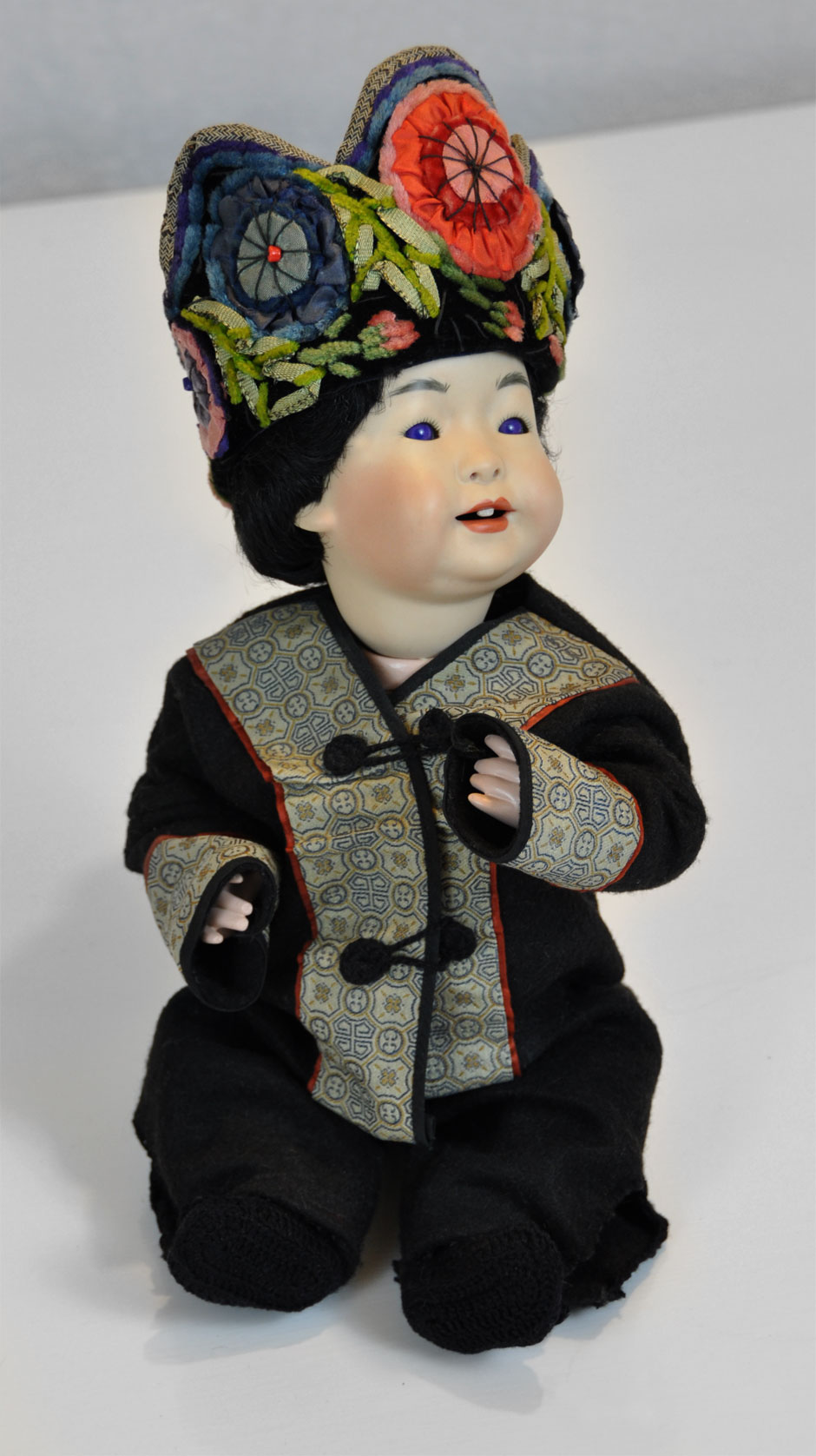 Antique Asian Reproduction Doll Porcelain 1