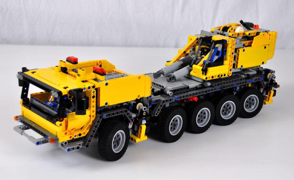 Lego Mobile Crane MK II #42009 3