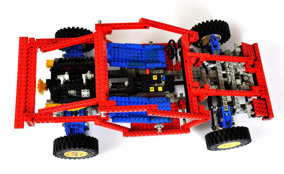 Lego Technic Test Car 8865 4